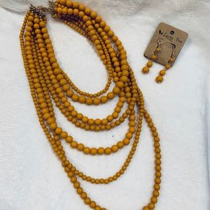 {Lucky You} Mustard yellow necklace/earrings set